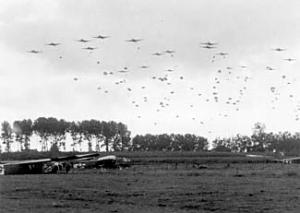 Operation_MARKET-GARDEN_-_82.Airborne_near_Grave