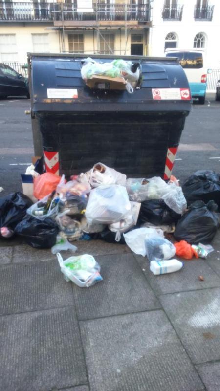 Brighton_rubbish