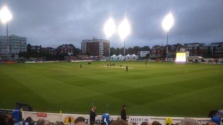 Cricket_2